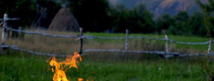 In-jurul-focului